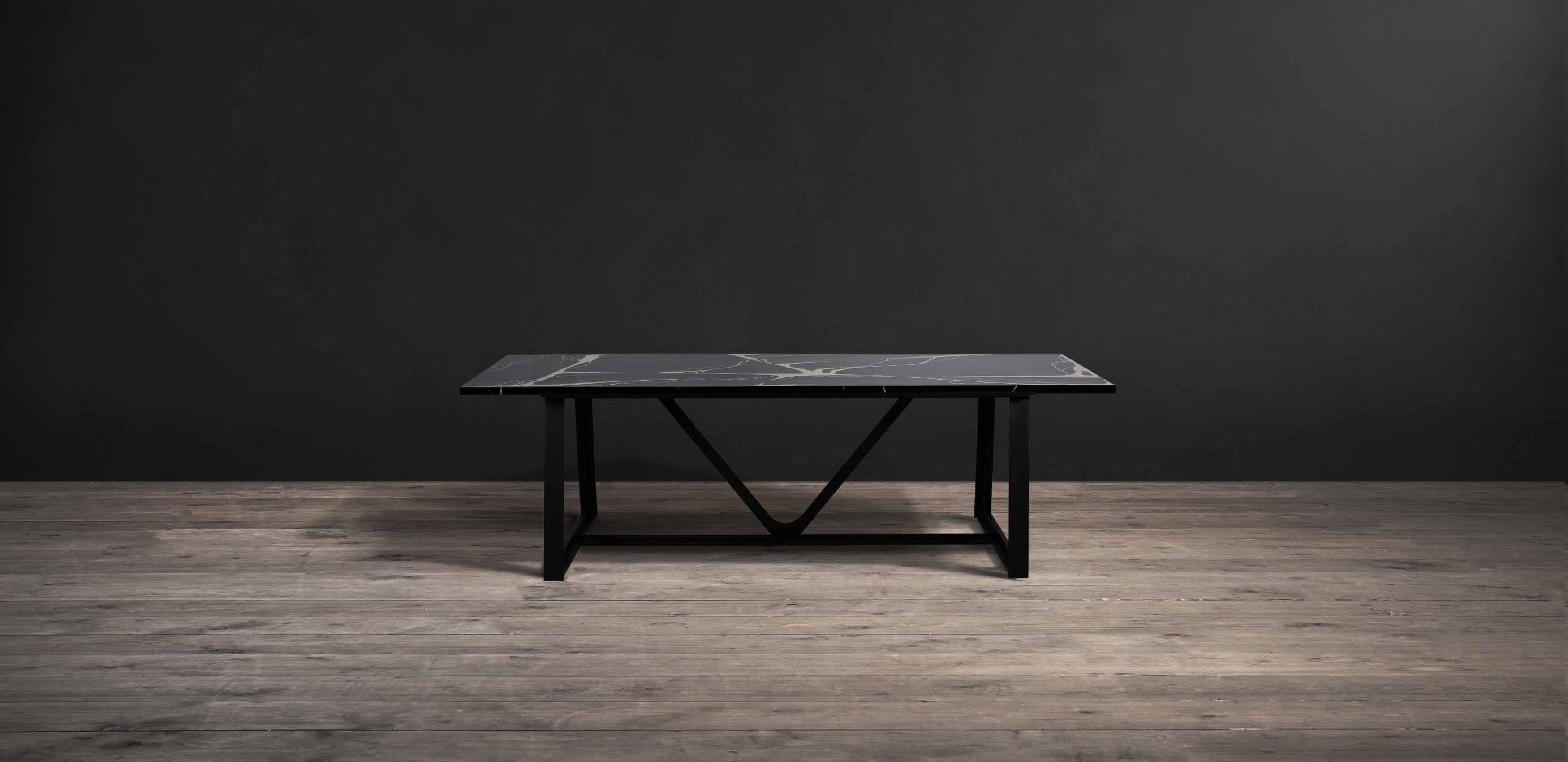 Hestia marble dining table
