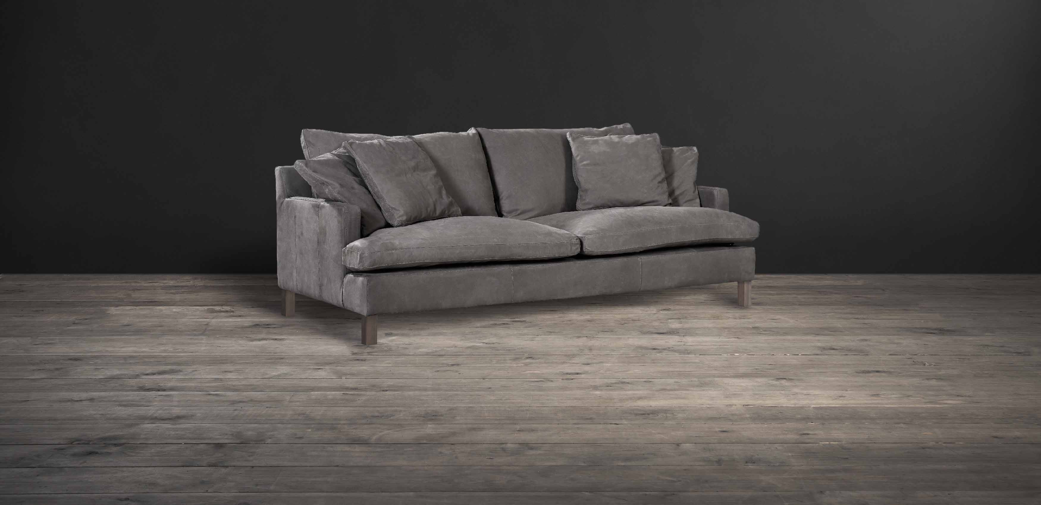 Lux sofa in Tomahawk leather