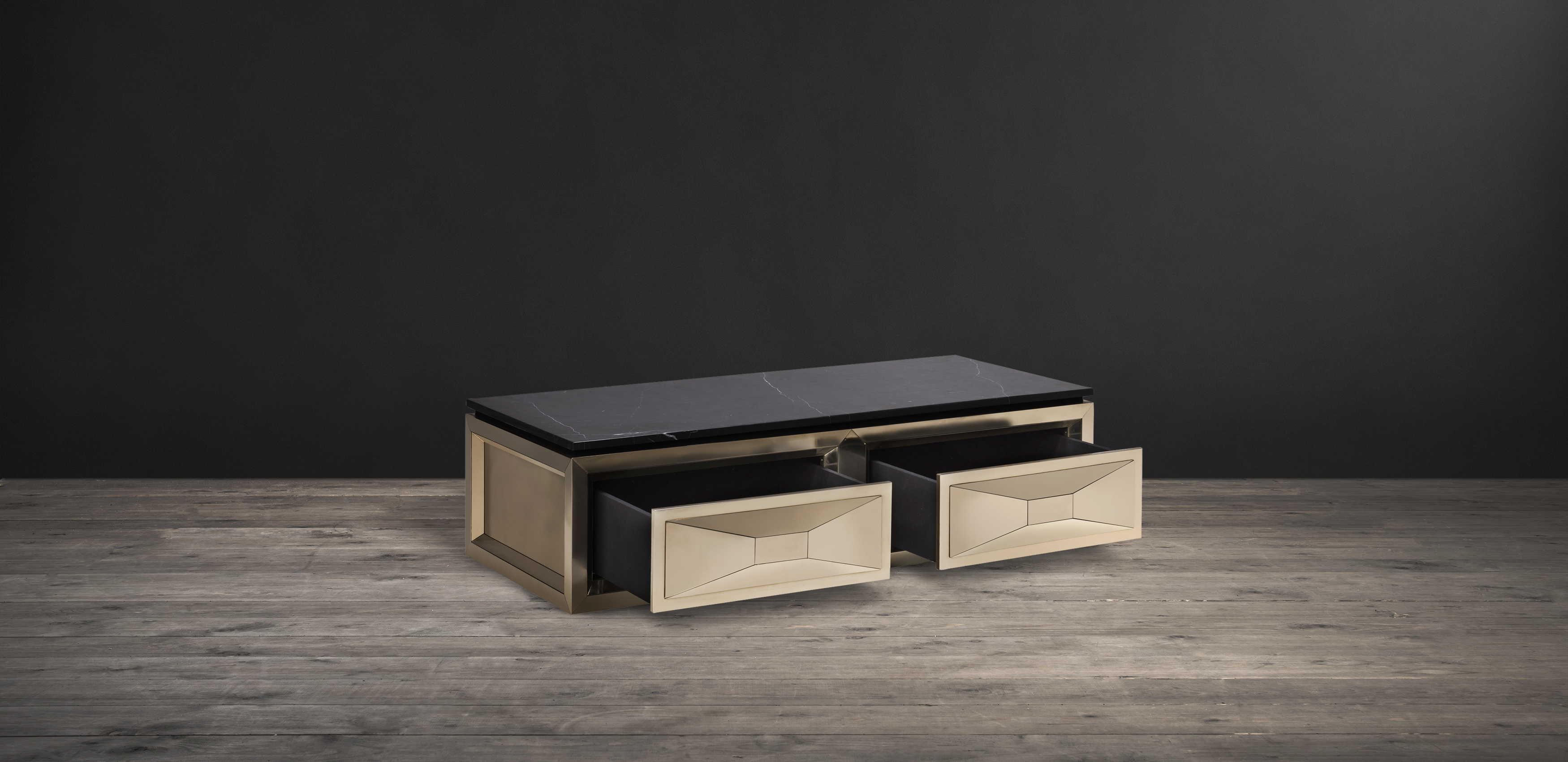 Timothy Oulton coffee table in black marble and brass - Leonidas