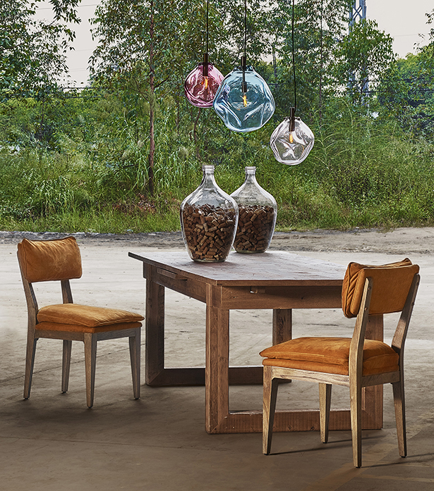 Timothy Oulton extendable wooden dining table - Causeway