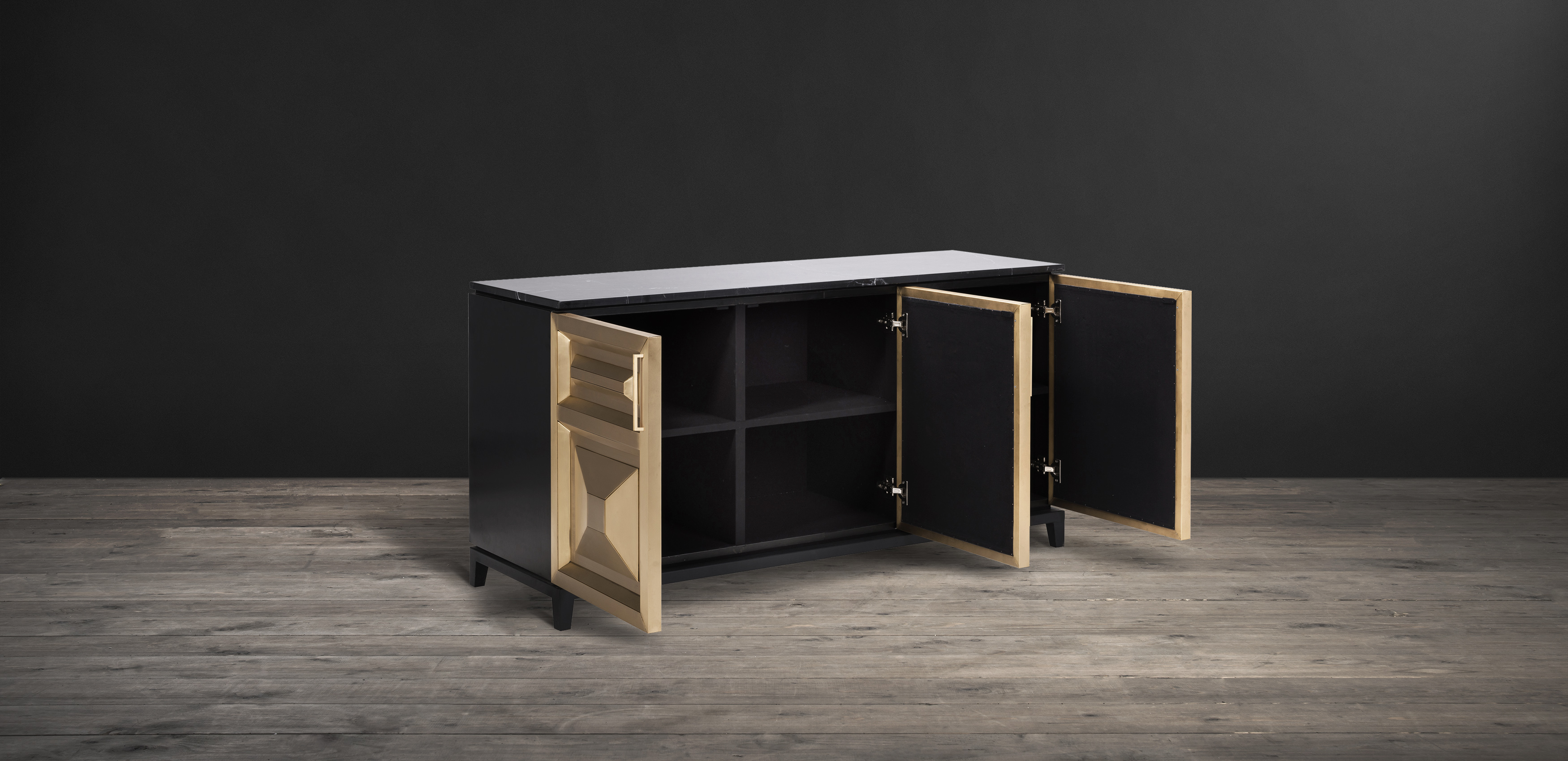 Timothy Oulton sideboard in black marble and brass - Leonidas
